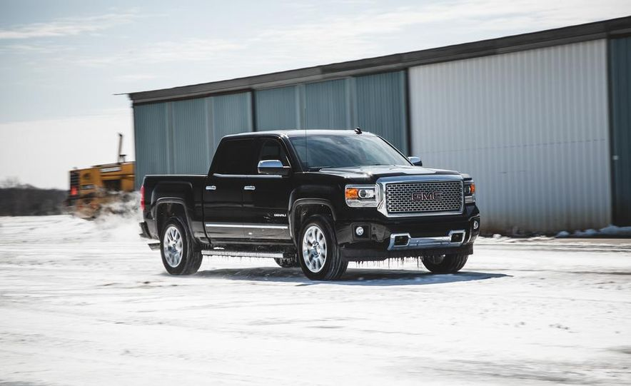 2015 GMC Sierra 1500 Carbon Edition - Slide 3