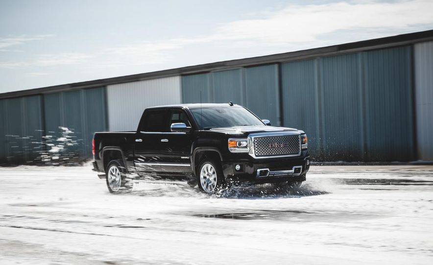 2015 GMC Sierra 1500 Carbon Edition - Slide 4