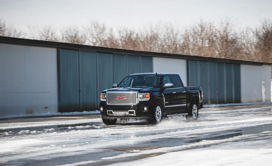 2015 GMC Sierra 1500 Carbon Edition - Slide 6