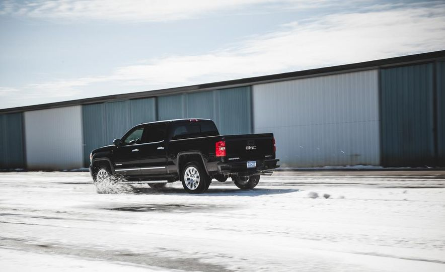2015 GMC Sierra 1500 Carbon Edition - Slide 10