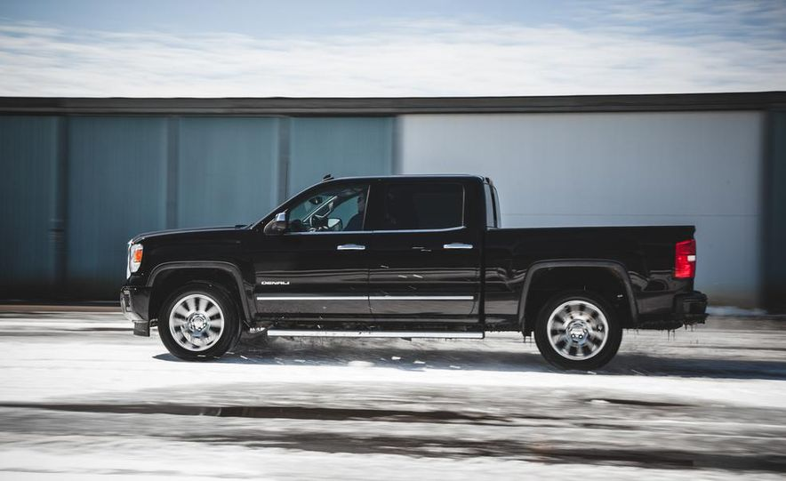 2015 GMC Sierra 1500 Carbon Edition - Slide 13