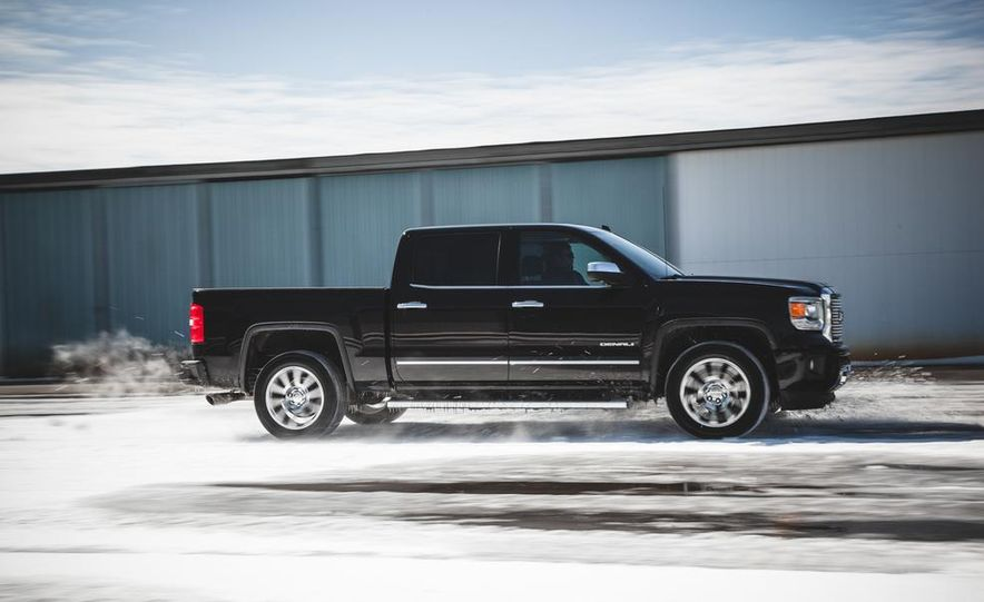 2015 GMC Sierra 1500 Carbon Edition - Slide 14