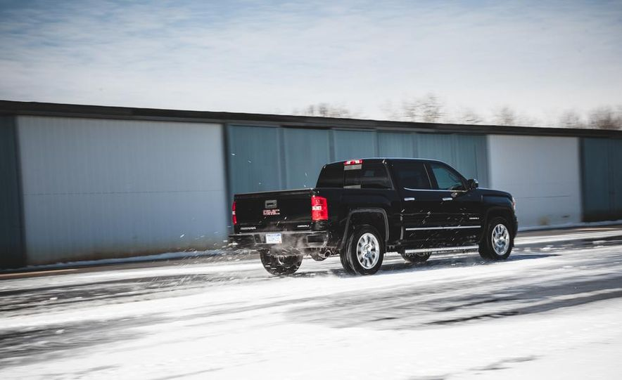 2015 GMC Sierra 1500 Carbon Edition - Slide 16
