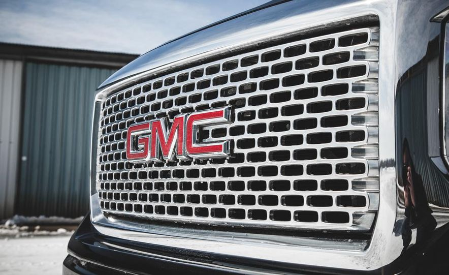 2015 GMC Sierra 1500 Carbon Edition - Slide 25