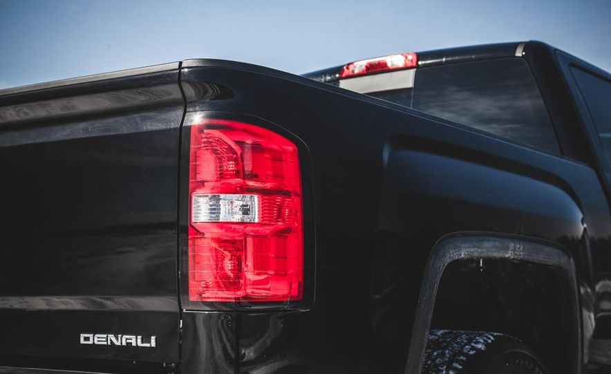 2015 GMC Sierra 1500 Carbon Edition - Slide 29