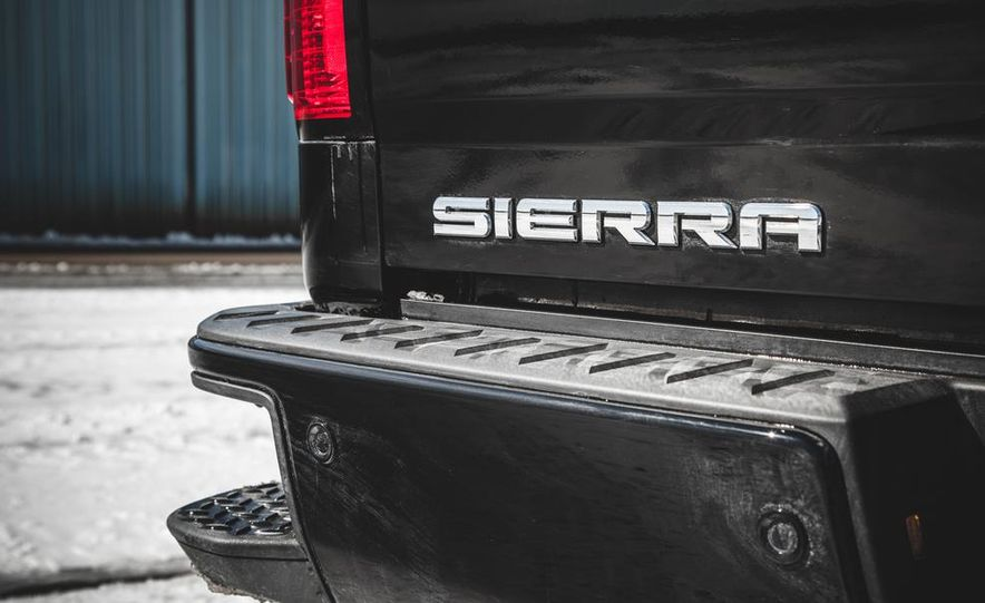 2015 GMC Sierra 1500 Carbon Edition - Slide 31