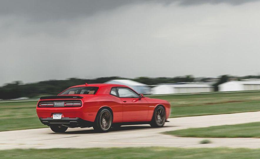 2015 Dodge Challenger SRT Hellcat - Slide 24