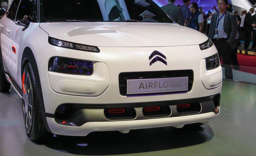 Citroen C4 Cactus Airflow 2L concept - Slide 13
