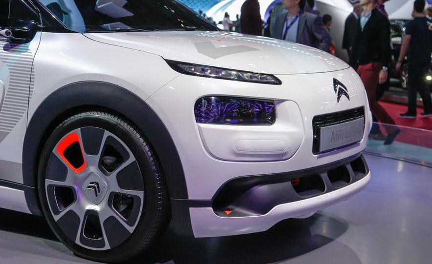Citroen C4 Cactus Airflow 2L concept - Slide 15