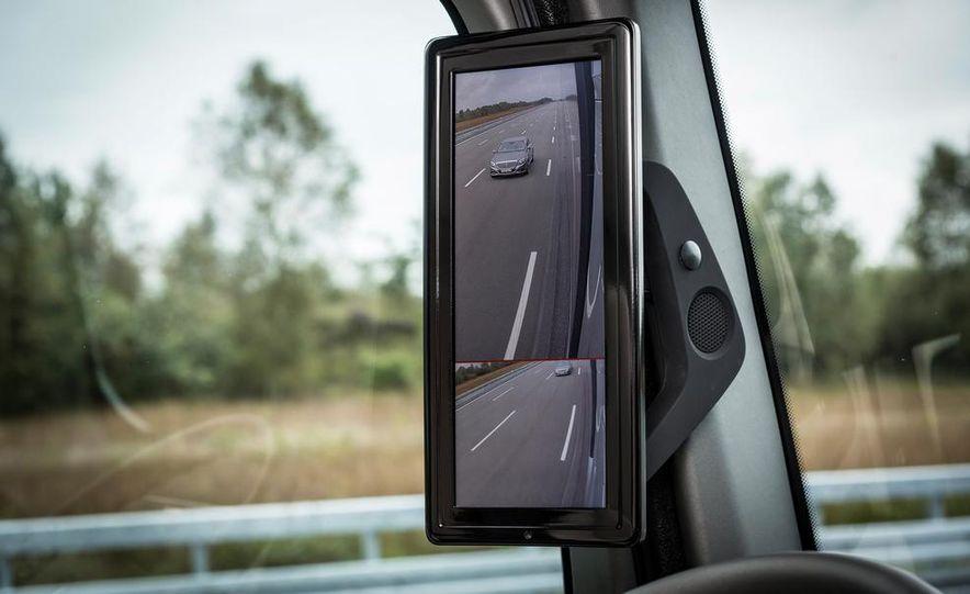 Mercedes-Benz Future Truck 2025 - Slide 34