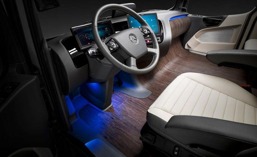 Mercedes-Benz Future Truck 2025 - Slide 52