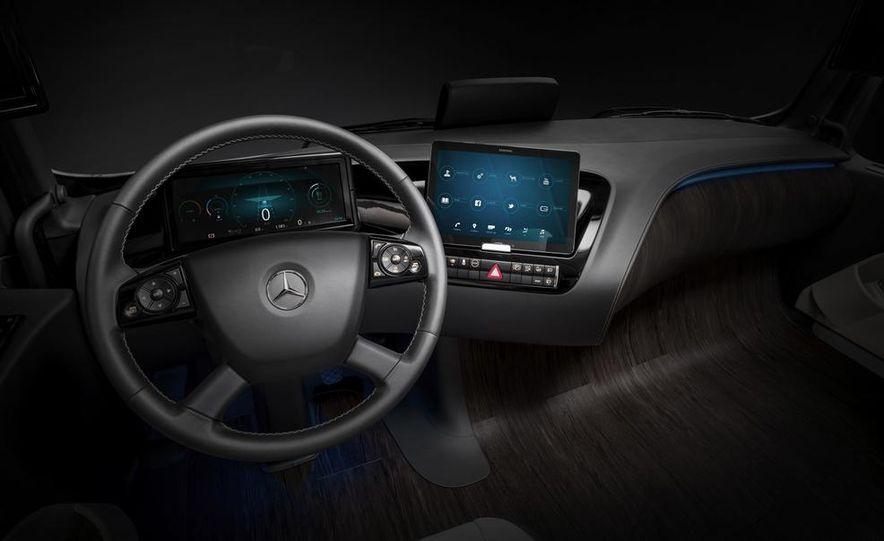 Mercedes-Benz Future Truck 2025 - Slide 53