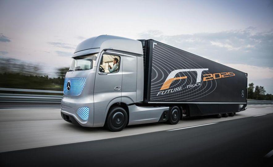 Mercedes-Benz Future Truck 2025 - Slide 7