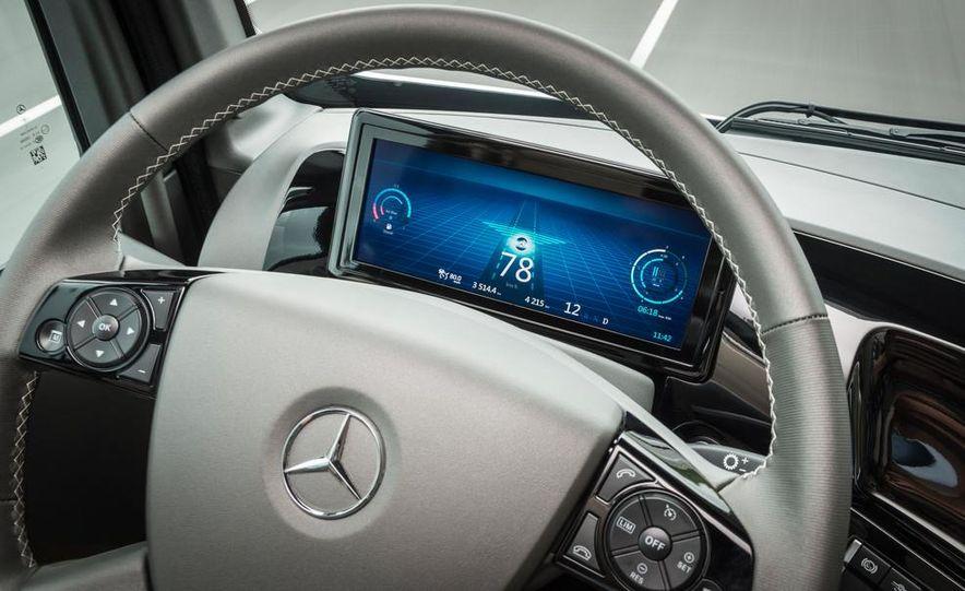 Mercedes-Benz Future Truck 2025 - Slide 37
