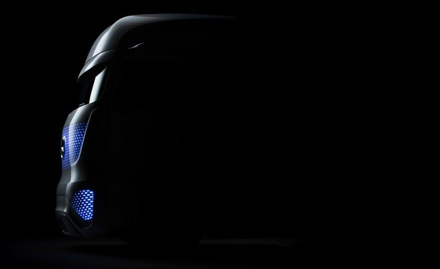 Mercedes-Benz Future Truck 2025 - Slide 48