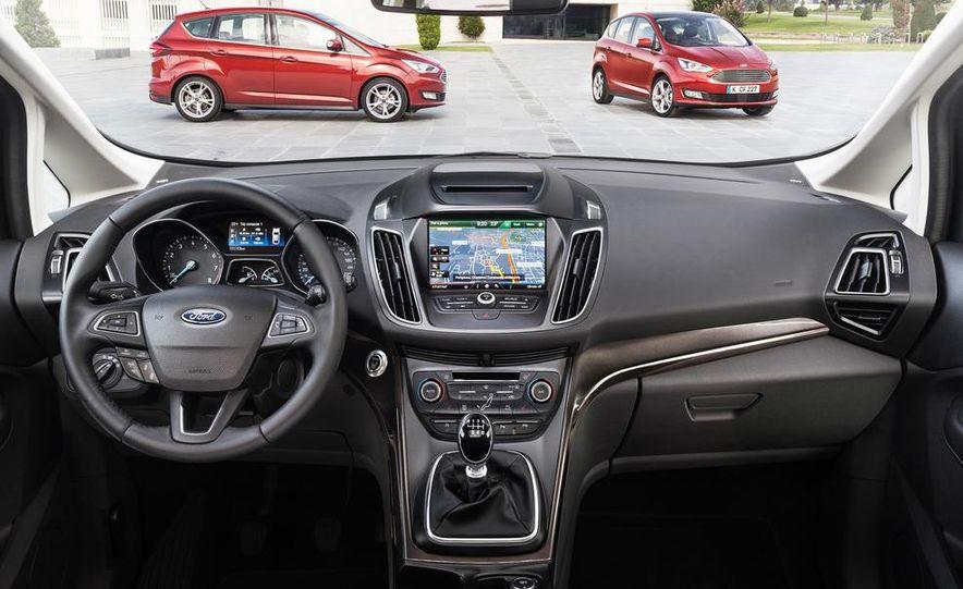 2016 Ford Grand C-Max - Slide 17