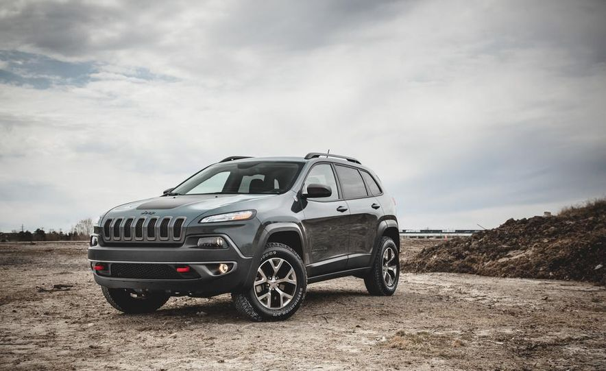 2014 Jeep Cherokee Trailhawk - Slide 1