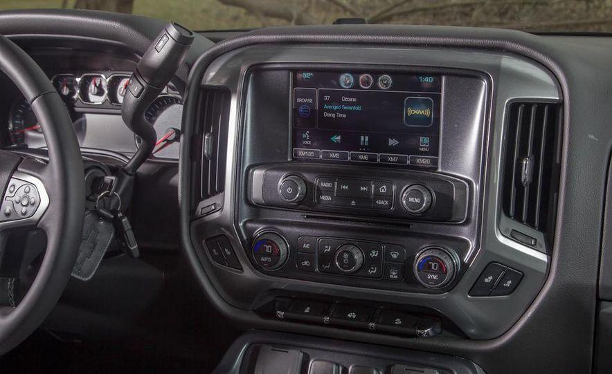 2015 Chevy Silverado Toughnology concept - Slide 17