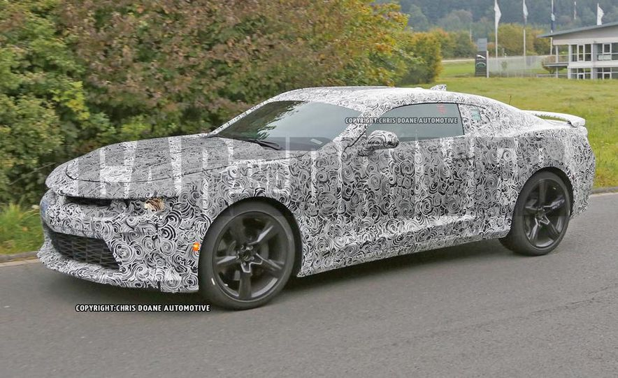 2016 Chevrolet Camaro SS (spy photo) - Slide 1