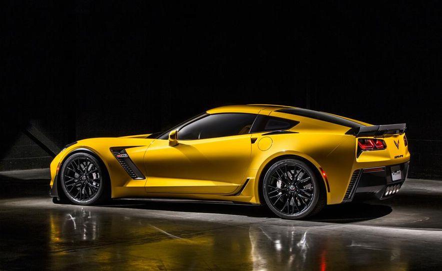 2015 Chevrolet Corvette Z06 coupe - Slide 18