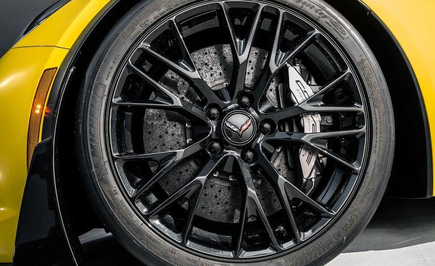 2015 Chevrolet Corvette Z06 coupe - Slide 28