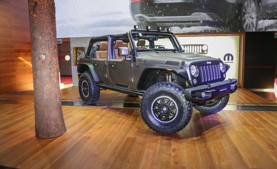 Jeep Wrangler Unlimited Rubicon Stealth Edition - Slide 1