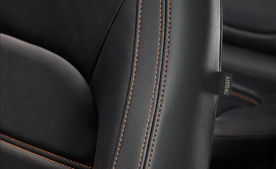 2017 Jaguar XE S - Slide 40