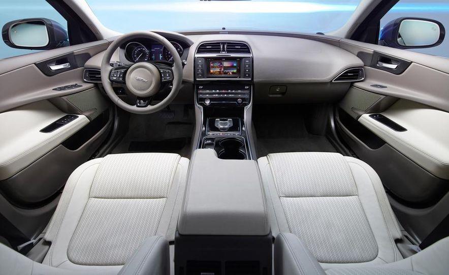 2017 Jaguar XE S - Slide 49