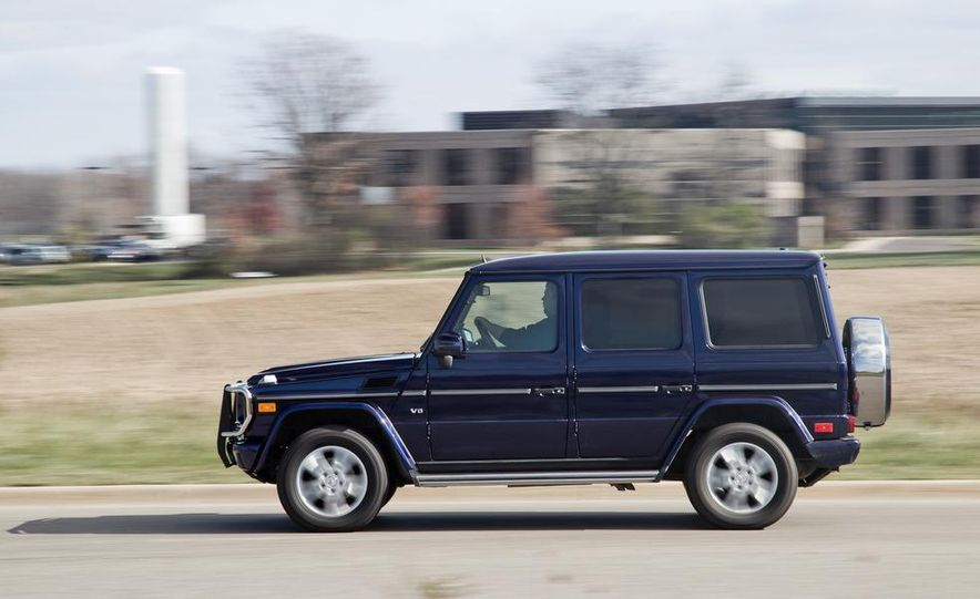 """2015 Mercedes-Benz G550 35th Anniversary Edition and 1988 Mercedes-Benz G-class """"Otto"""" - Slide 10"""