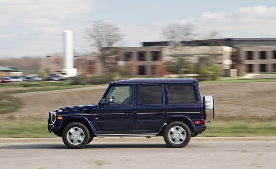 """2015 Mercedes-Benz G550 35th Anniversary Edition and 1988 Mercedes-Benz G-class """"Otto"""" - Slide 11"""
