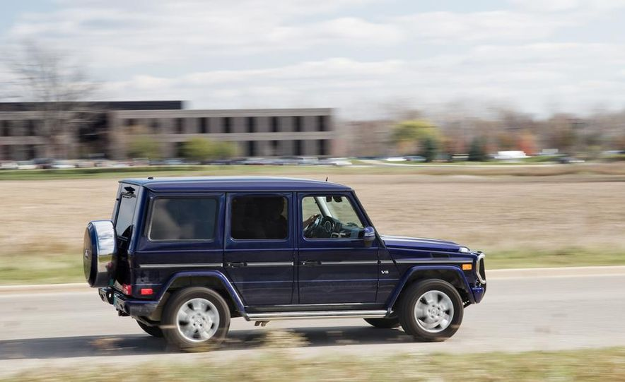 """2015 Mercedes-Benz G550 35th Anniversary Edition and 1988 Mercedes-Benz G-class """"Otto"""" - Slide 12"""