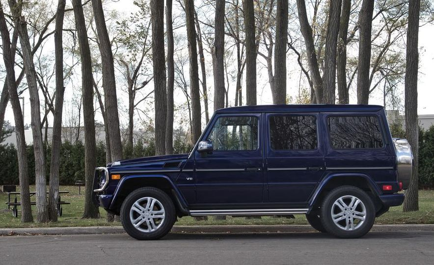 """2015 Mercedes-Benz G550 35th Anniversary Edition and 1988 Mercedes-Benz G-class """"Otto"""" - Slide 16"""