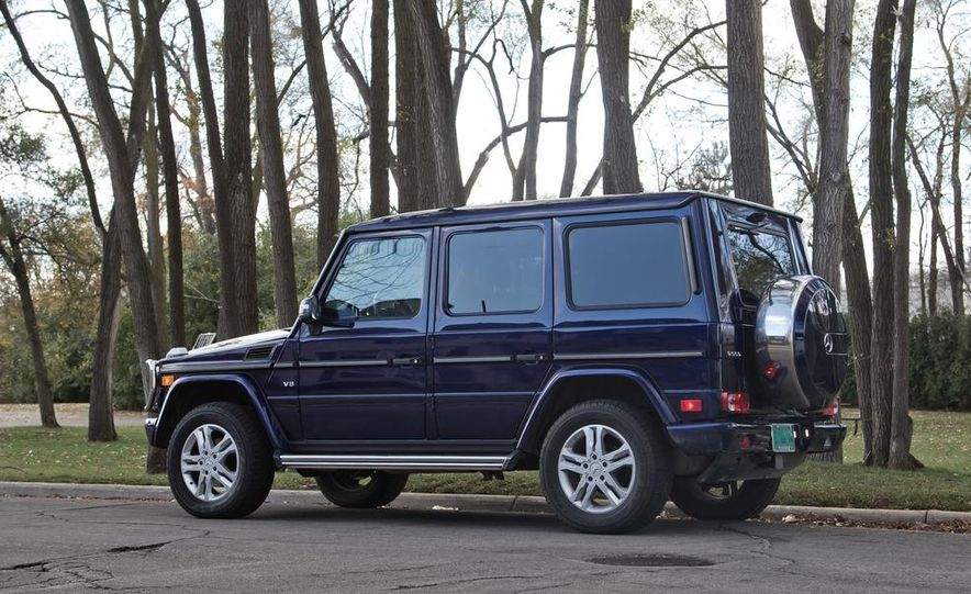 """2015 Mercedes-Benz G550 35th Anniversary Edition and 1988 Mercedes-Benz G-class """"Otto"""" - Slide 17"""