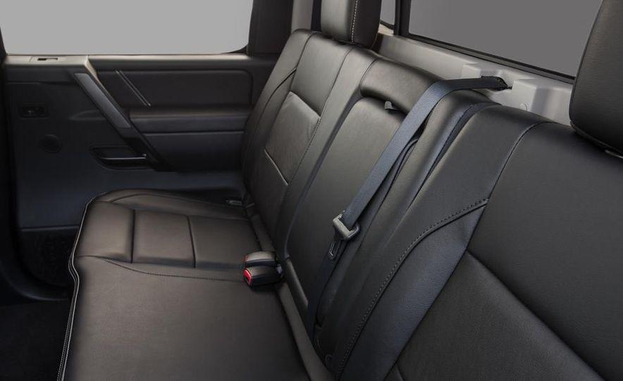 2014 Nissan Titan PRO-4X - Slide 30