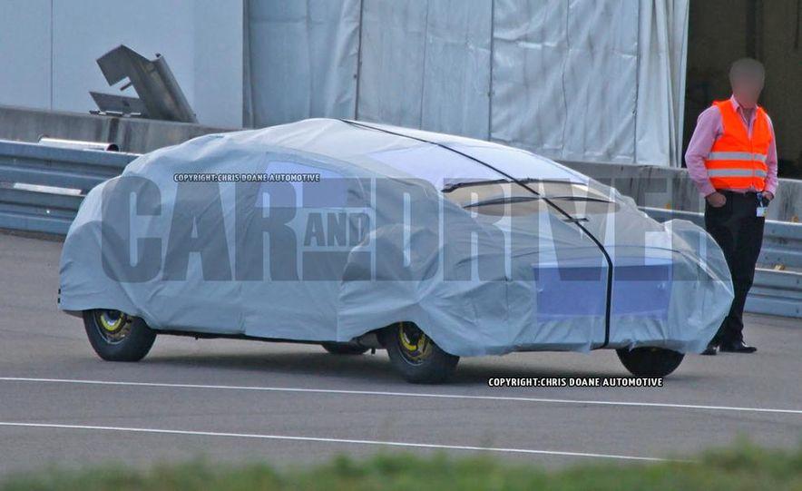 Mercedes-Benz secret concept vehicle (spy photo) - Slide 1