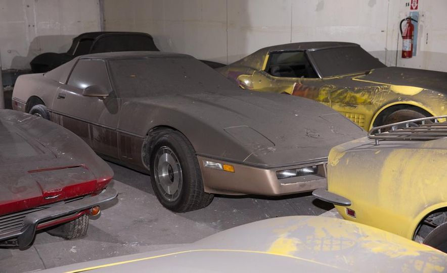 Peter Max Corvette Collection Exhumed from Parking-Garage Purgatory - Slide 40