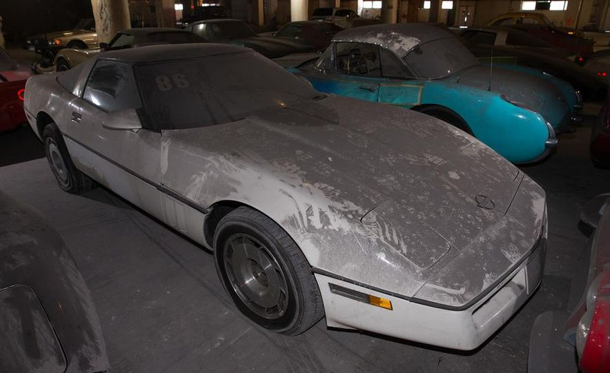 Peter Max Corvette Collection Exhumed from Parking-Garage Purgatory - Slide 41