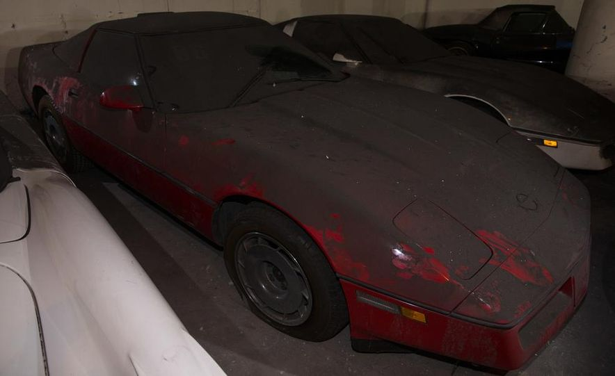 Peter Max Corvette Collection Exhumed from Parking-Garage Purgatory - Slide 42