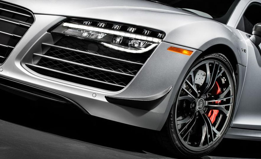 2015 Audi R8 Competition - Slide 17