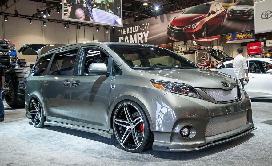 Toyota Sienna DUB Edition concept - Slide 1