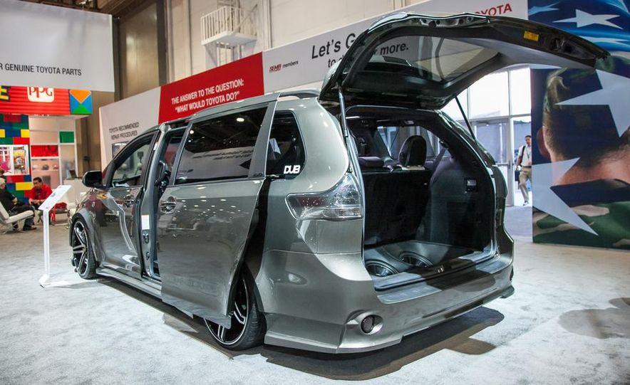 Toyota Sienna DUB Edition concept - Slide 3