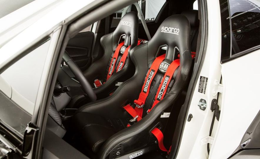 Toyota Sienna DUB Edition concept - Slide 25