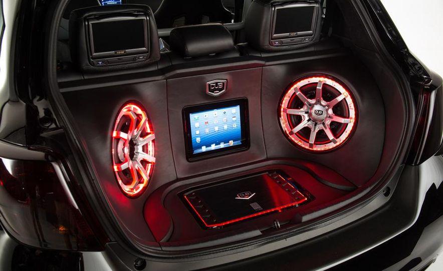 Toyota Sienna DUB Edition concept - Slide 24