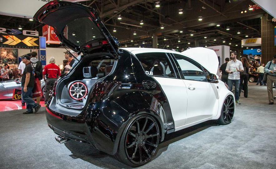 Toyota Sienna DUB Edition concept - Slide 6