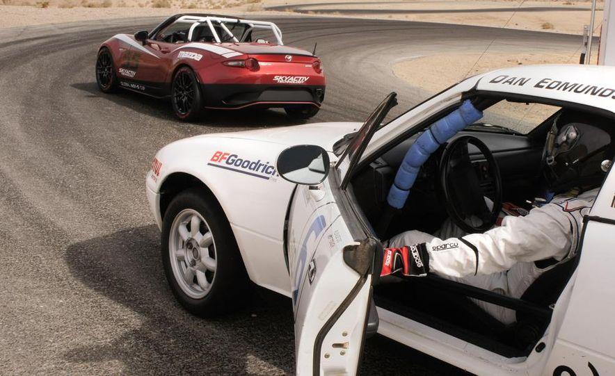2016 Mazda MX-5 Miata Cup race car - Slide 7