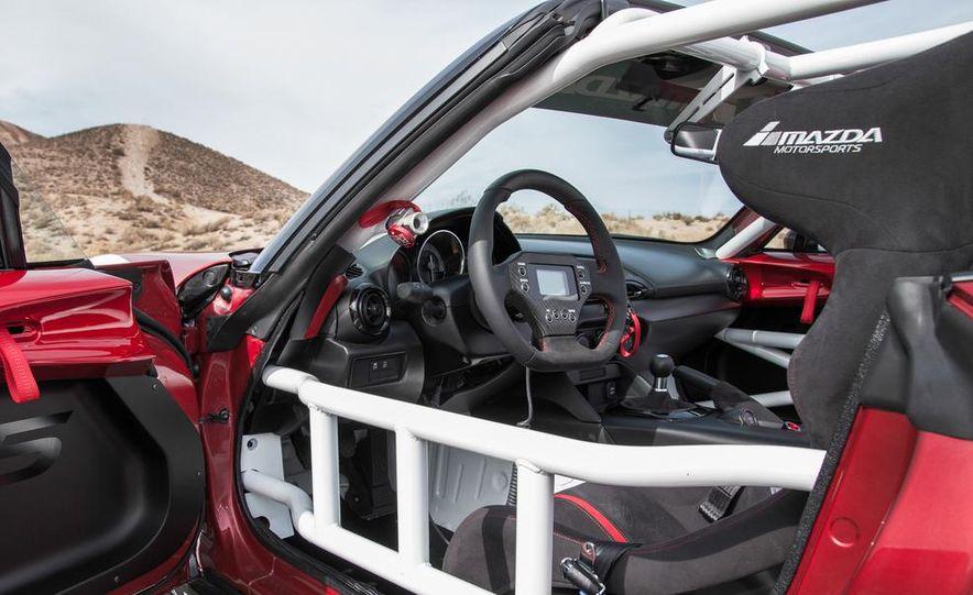 2016 Mazda MX-5 Miata Cup race car - Slide 33