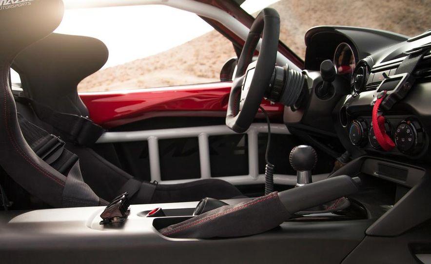 2016 Mazda MX-5 Miata Cup race car - Slide 34