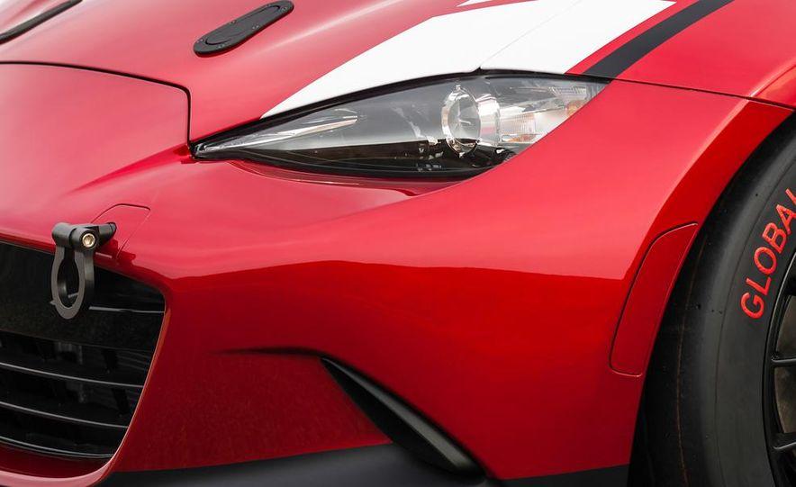 2016 Mazda MX-5 Miata Cup race car - Slide 26