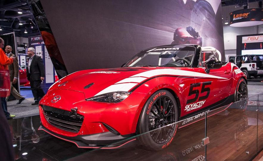 2016 Mazda MX-5 Miata Cup race car - Slide 1