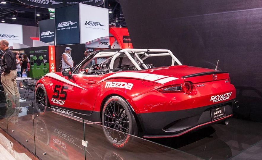 2016 Mazda MX-5 Miata Cup race car - Slide 3